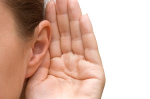 119835038-Girl-listening