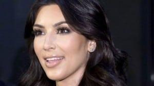 Kim Kardashian Red Carpet 640