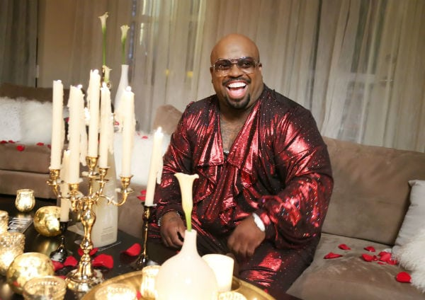 Singer-songwriter CeeLo Green last summer was featured in a PR campaign for Discovery Doors, an online video game on the Renaissance Hotels' website, where gamers compete for 500 prizes. The Renaissance Hotels brand is owned by Marriott International.