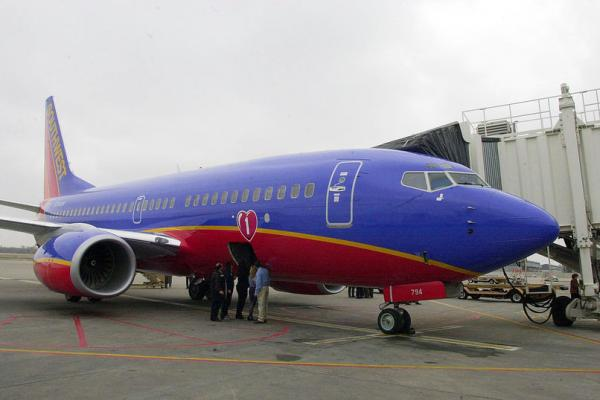 Travel-delays-caused-by-Southwest-Airlines-glitch
